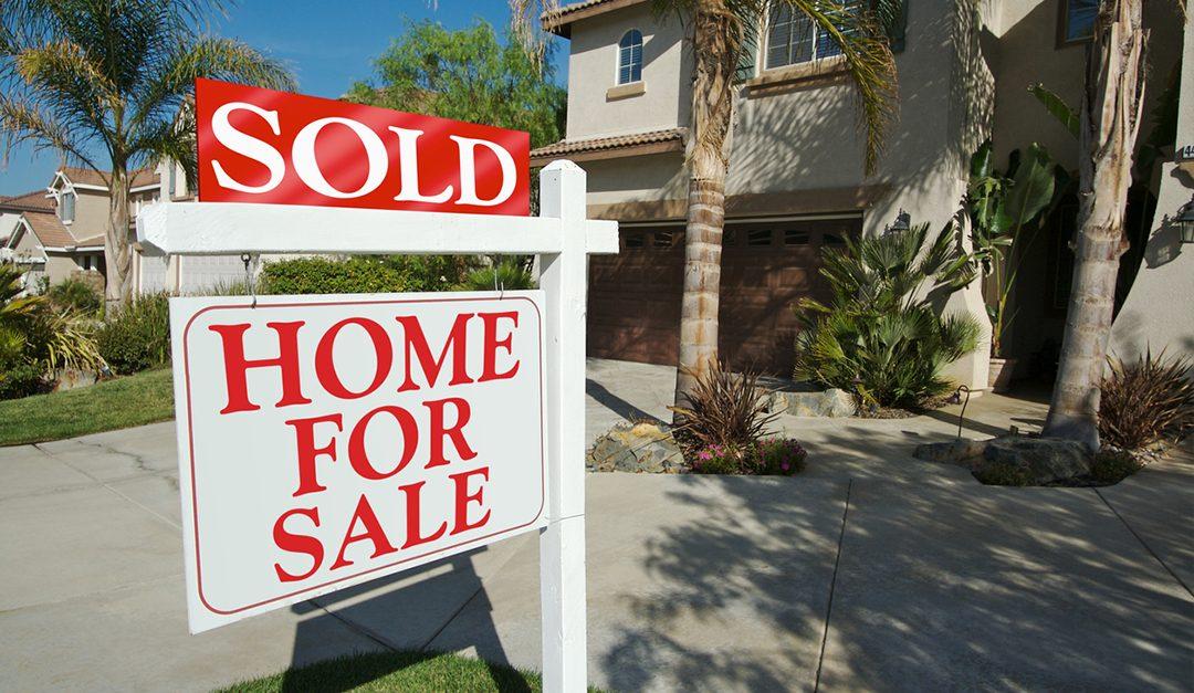 Pending Sales Surprise, Up 1.5 Percent