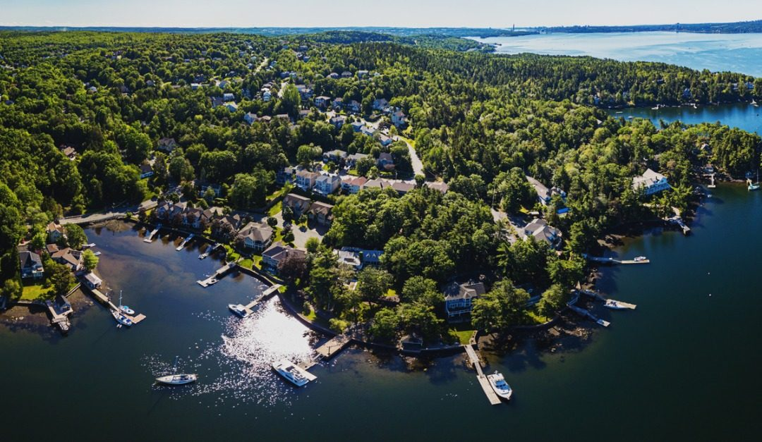 What You Should Know About Waterfront Property