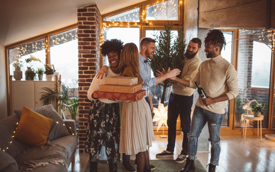 Home Hosting Tips You Need for the Holidays
