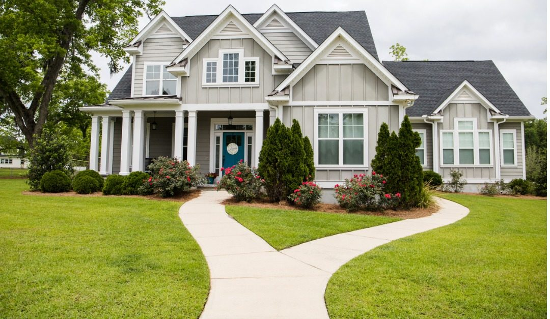 5 Updates to Improve Curb Appeal