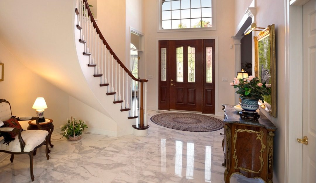 How to Enhance Your Foyer With Some Luxury Touches