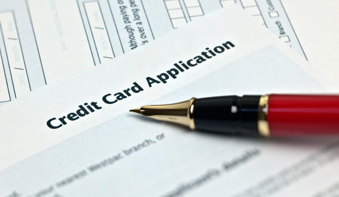 Why You Shouldn't Apply for a New Credit Card While Shopping for a House