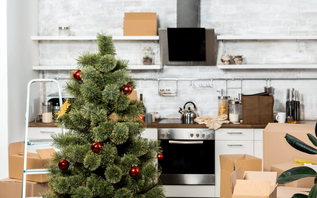 8 Tips for Moving During the Holidays