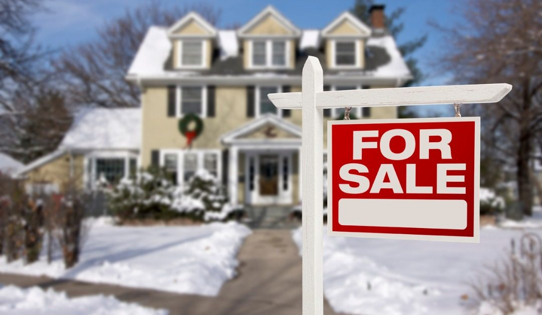 Is It a Good Idea to Buy a House Around the Holidays?