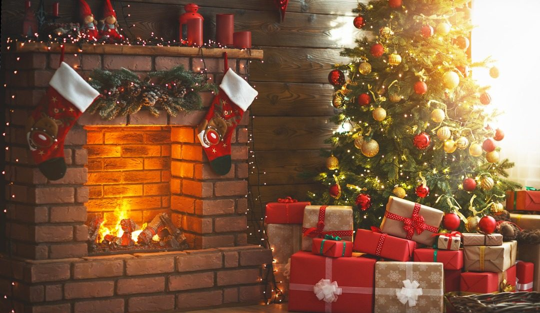 How Festive Decorating Can Help Sell Your Home