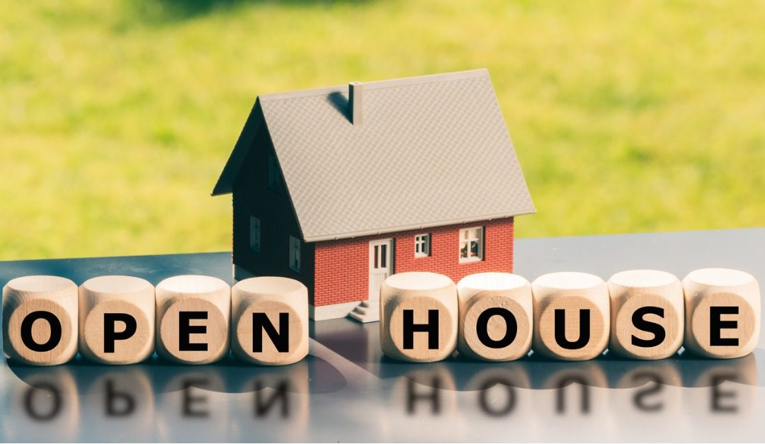 Items You Should Never Leave Out During an Open House