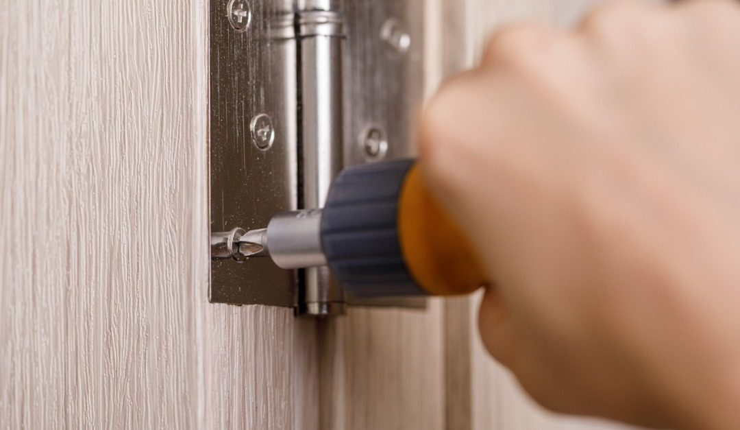 How to Properly Fix That Loose Hinge