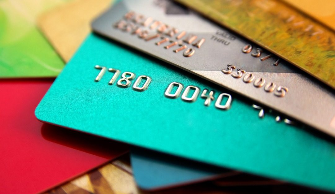 How to Get a Credit Card With No Annual Fees
