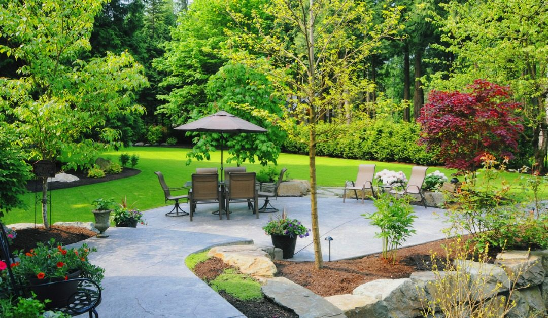 4 Reasons to Invest in Your Home's Landscape Design