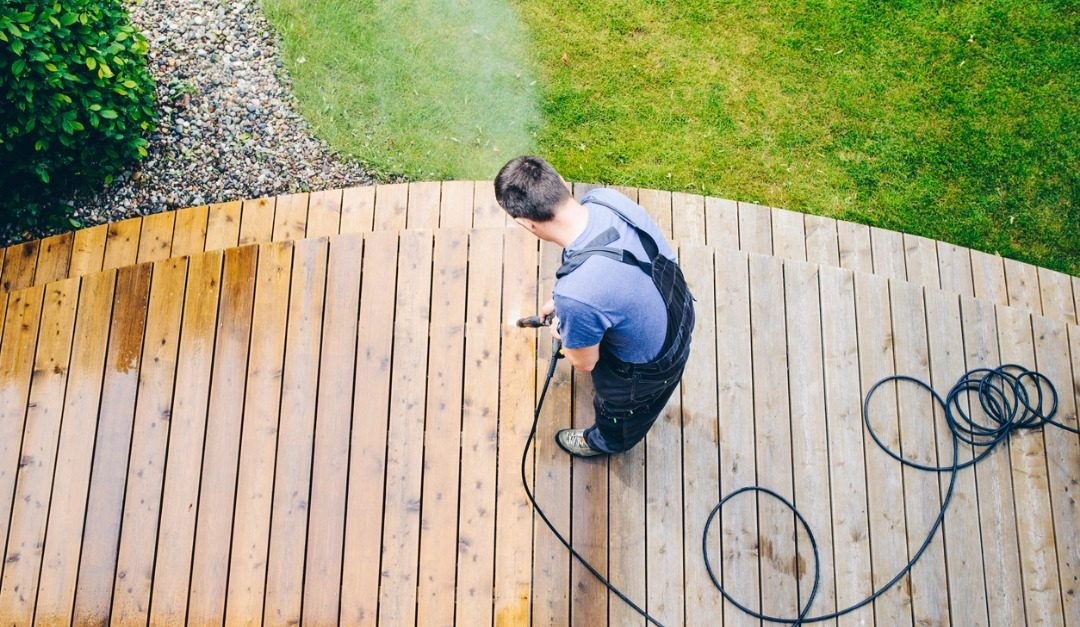 How to Clean Your Deck and Get it Ready for Summer