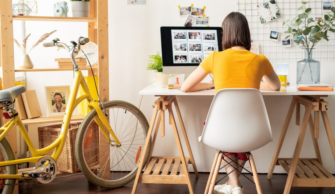 Work-From-Home Essentials That Everyone Should Have