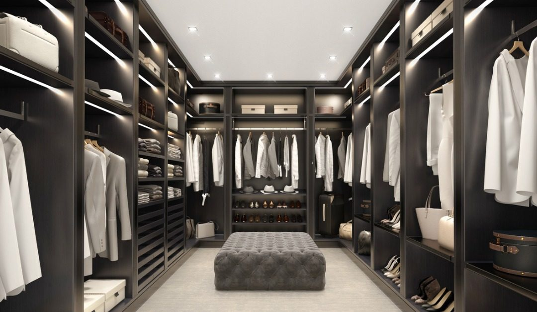 Should You Buy a House With Walk-in Closets?