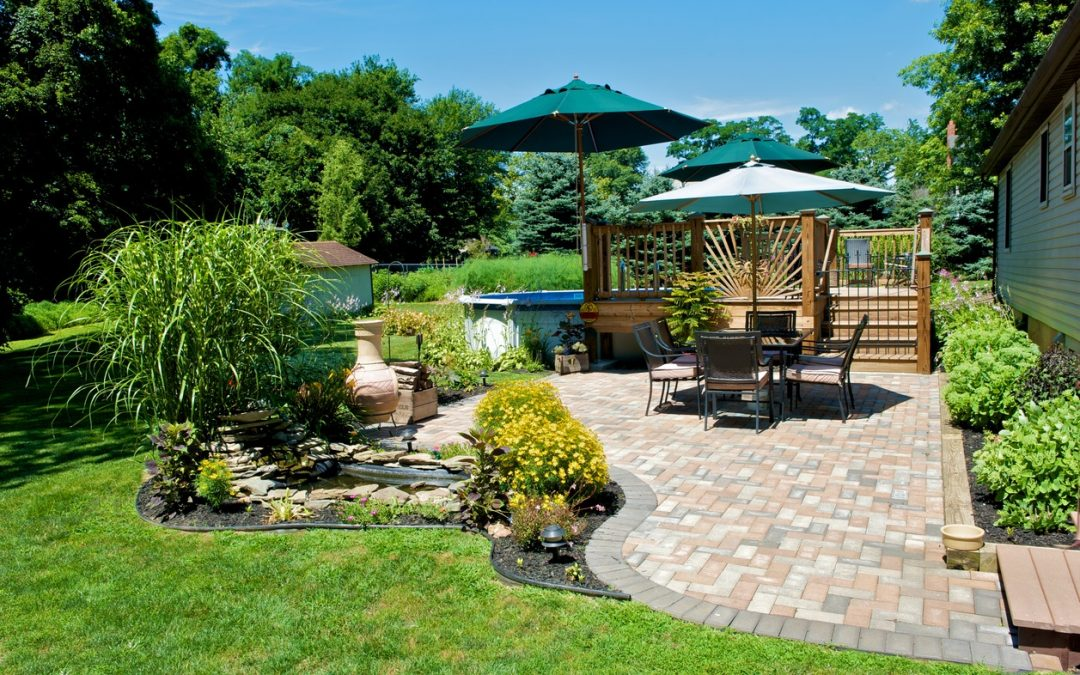 Details That Can Turn Your Patio Into a Great Place for Entertaining