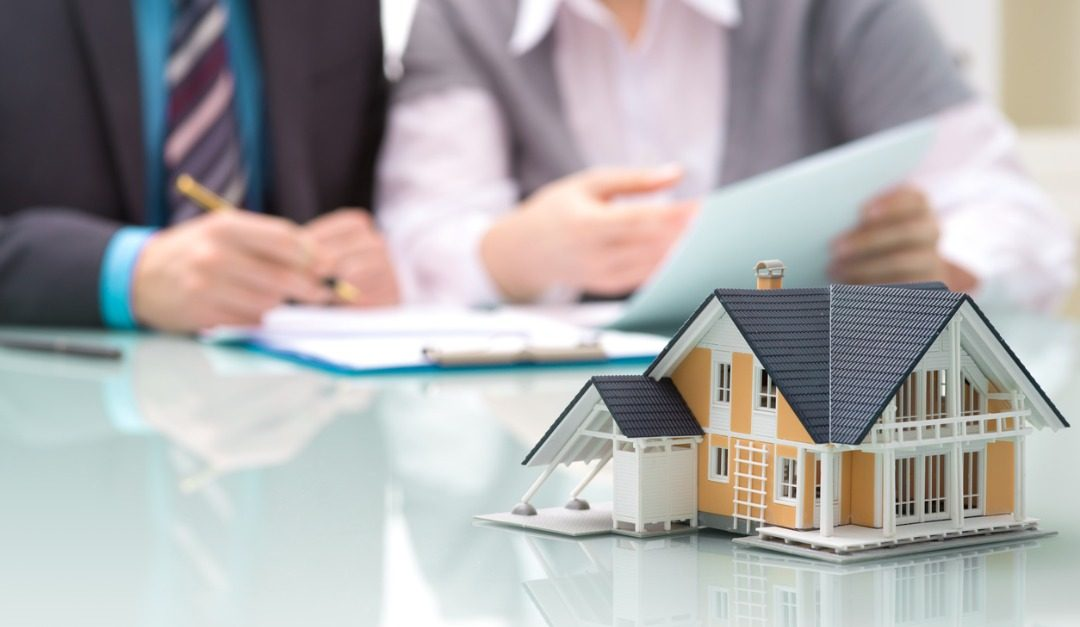 Should You Get a Fixed-Rate Mortgage or an Adjustable Rate and Refinance Later?