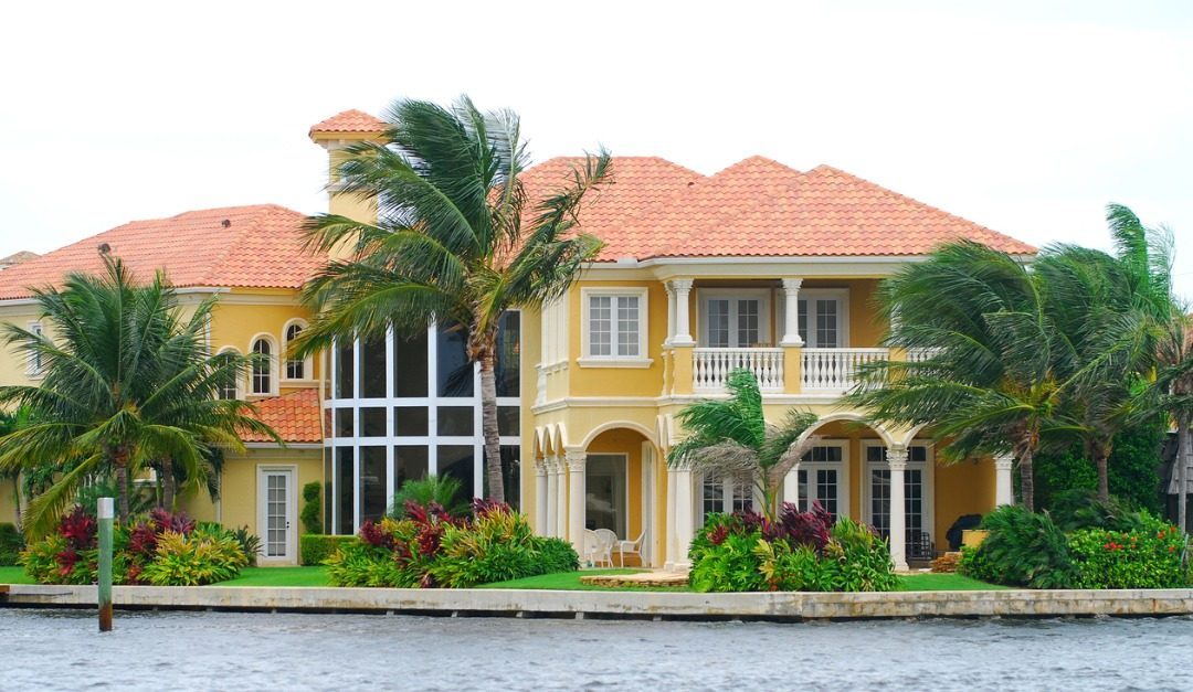 4 Tips for Buying Waterfront Property