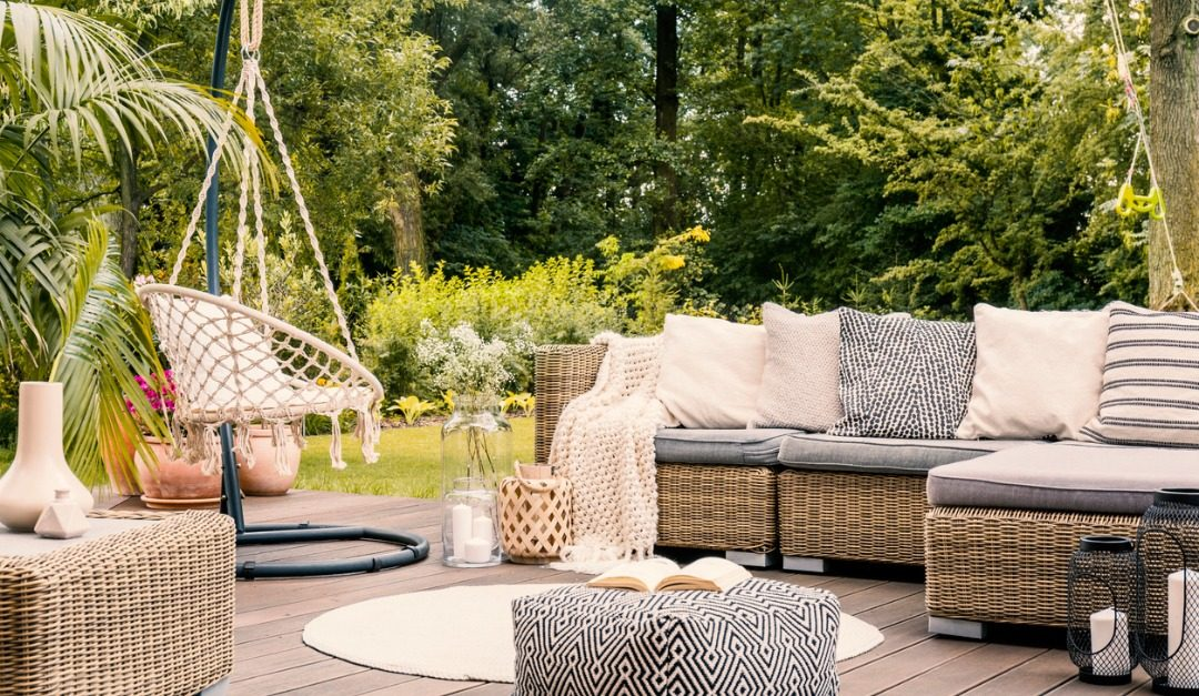 4 Tips for Choosing the Perfect Outdoor Furniture