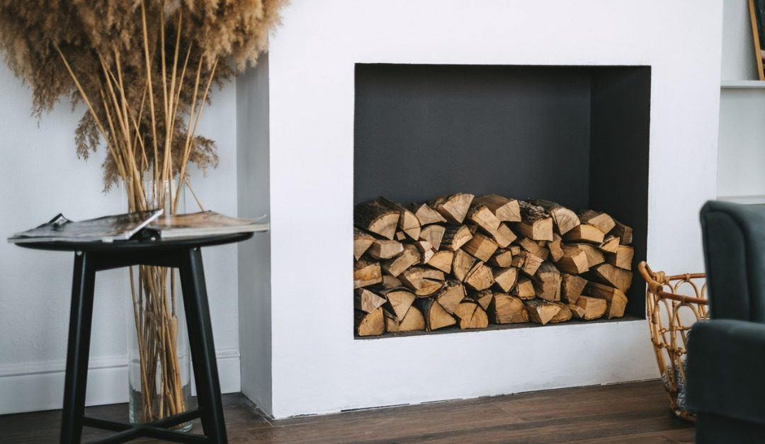 3 Ways to Decorate a Non-Working Fireplace