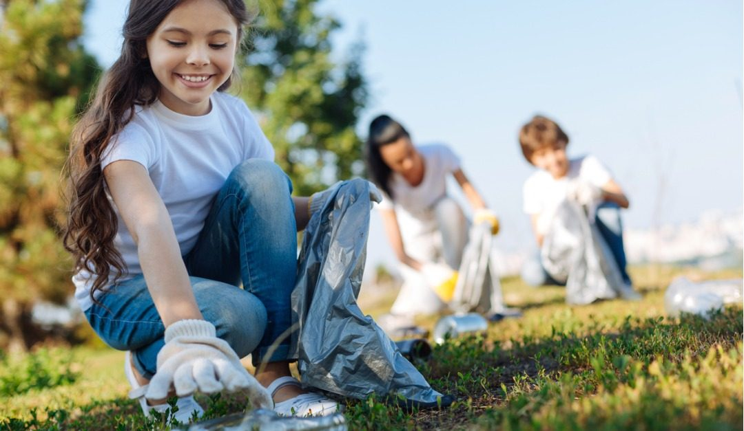 Simple Ways to Teach Your Kids About Eco-Friendly Living
