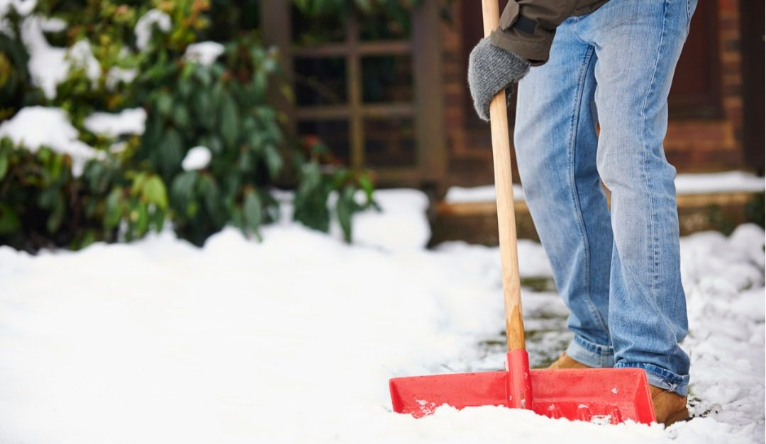 How to Avoid Injuries When Shoveling Snow
