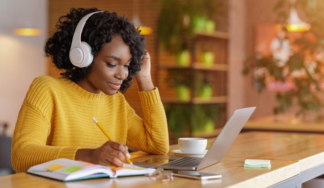 6 Virtual Classes to Broaden Your Horizons This Year