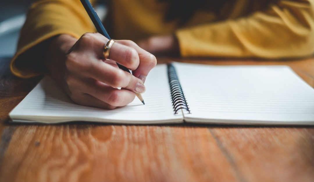 How to Write a Welcome Letter to the New Owner of Your Home