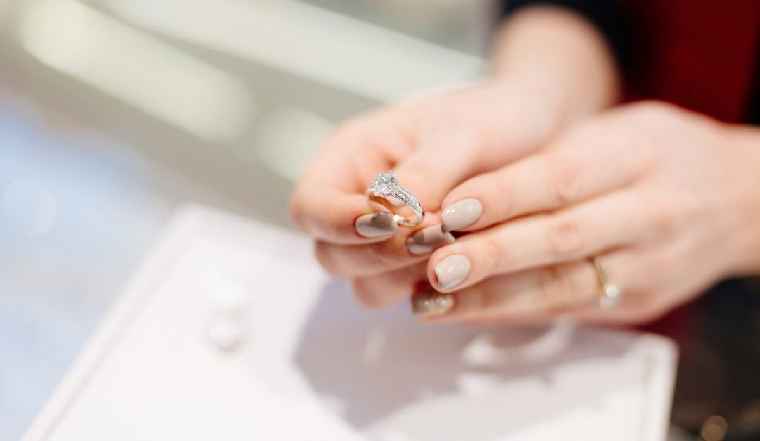 Buying a Diamond? Here's What You Need to Know