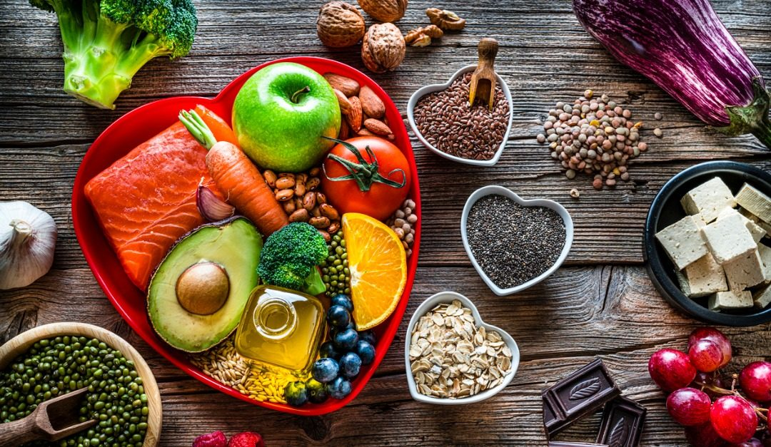 How to Include More Healthy Fats in Your Diet and Cut Down on Unhealthy Fats