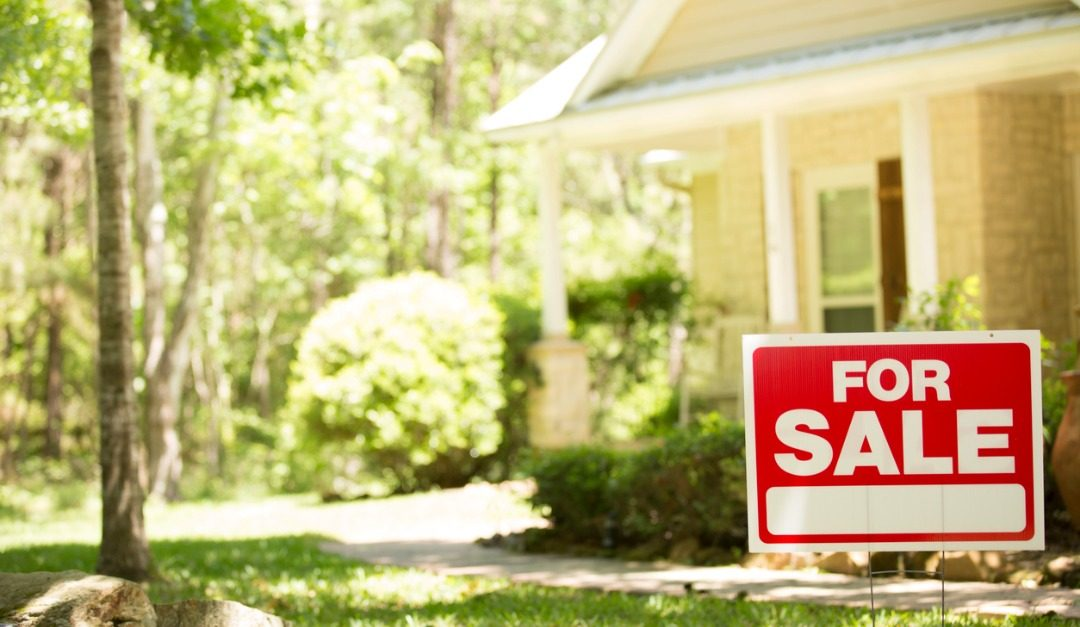 4 Things to Know Before Putting Your Home on the Spring Market