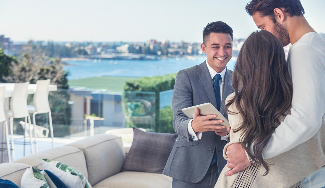 Improvising Effective Selling Conversations for Luxury Listings