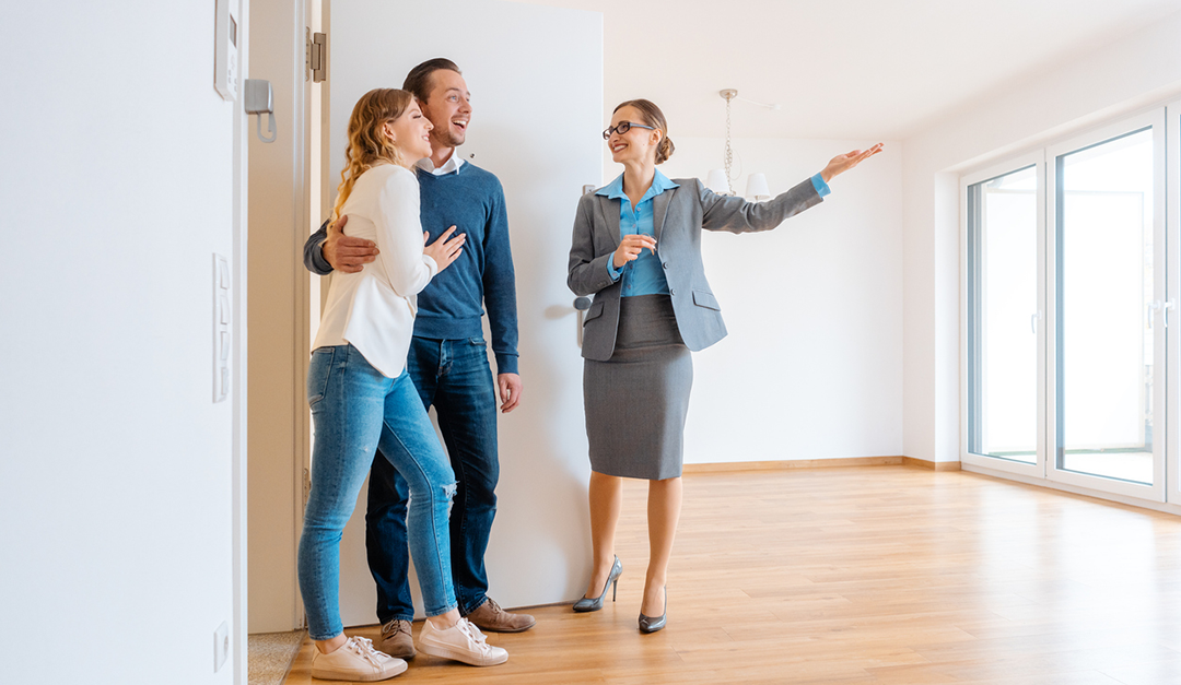 10 Ways the Best Real Estate Agents Wow Their Clients